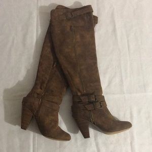 Over the knee cognac coloured heeled boots